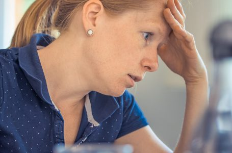 Survey of academics finds widespread feelings of stress and overwork